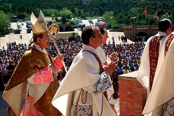 Mons. Asenjo celebra la eucaristía en el Jubileo de los jóvenes en Torreciudad