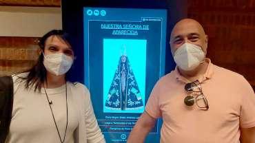 Con Nuestra Señora de Aparecida (Brasil)
